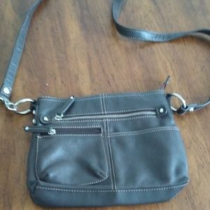 Tignanello Beautiful Leather Purse 💥